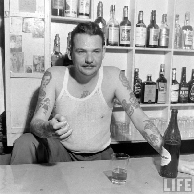 Robert 'Bo' Brown, Diamond Bar, Shanghai, by Jack Birns, 1949 © Time Inc.